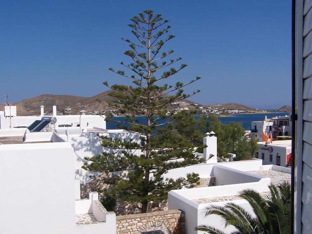Sun, sea and strategy: Alea Apartments, Paros, Greece (1/6)